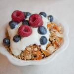 granola-fruittopping